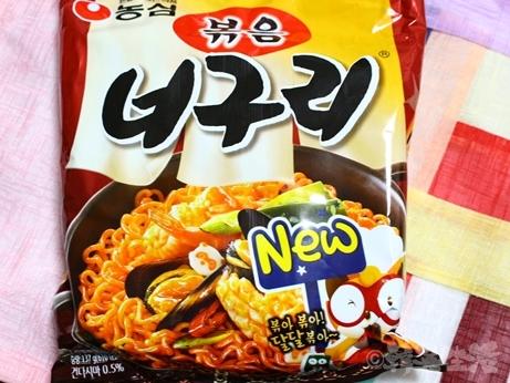 韓国 インスタント麺 ポックムノグリ 汁なし 炒めうどん