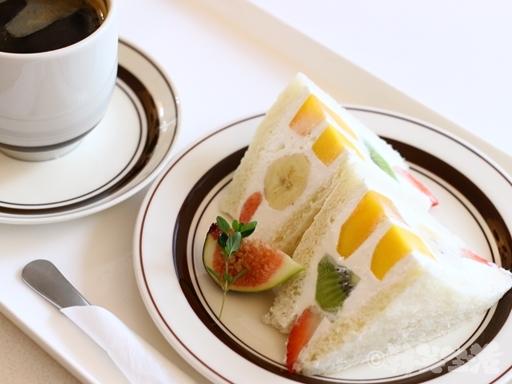 韓国 乙支路 文化社 フルーツサンド