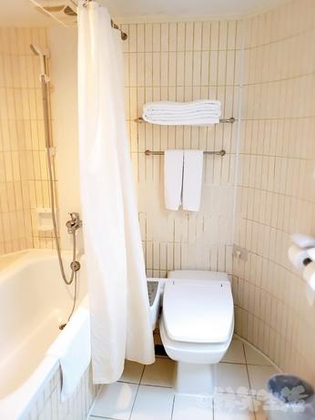 台湾旅行 ホテル 三徳大飯店 サントスホテル 民権西路 トイレ