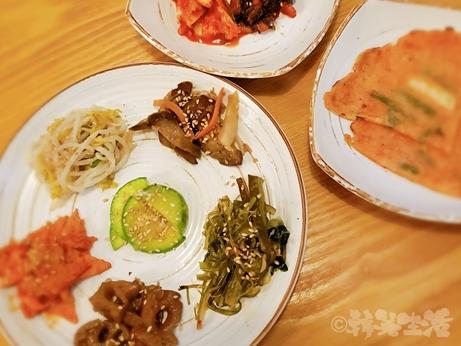韓国グルメ 南大門 ワカメスープ 薬草ビビンバ 慶州チャンモニム チヂミ