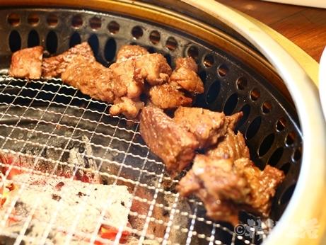 焼肉 ソンチュカマコル 光化門 カルビ
