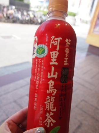 台湾 コンビニの烏龍茶