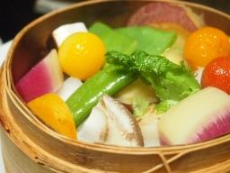 青山 千 きいろ-料理(蒸し野菜2)