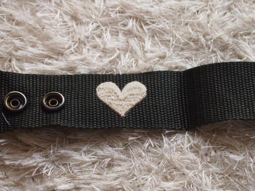 フレンドショップ-刺繍の裏面