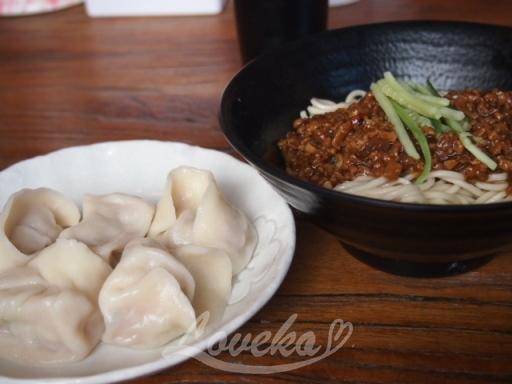 餃子楽-水餃子&炸醤麺