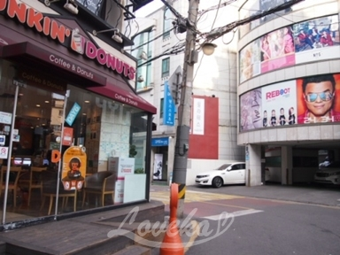 DUNKIN清潭店-位置