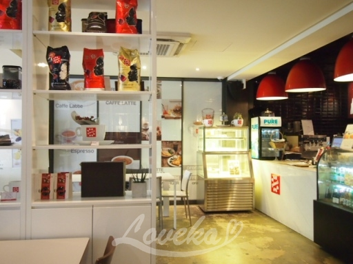 ピンチカフェ-店内1