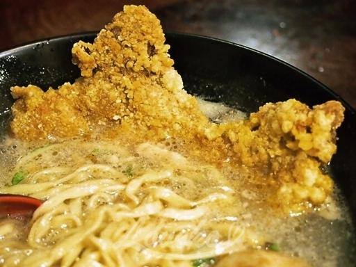 三串窟排骨蛤仔麺ラーメン1