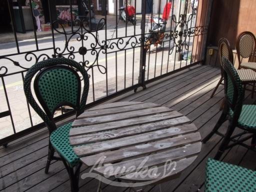 atozカフェ-テラス席1