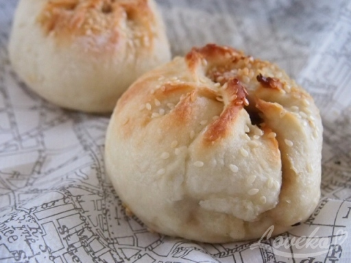 雙連香葱花捲-ネギ豚パン1