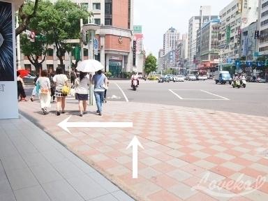 新長春川菜館-行き方1