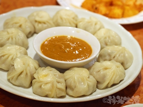 恵比寿 ネパール料理 クンビラ アンジャッシュ 渡部 ヒマラヤ鍋 モモ