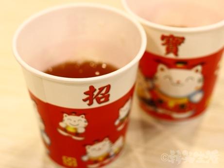 台湾グルメ 台北 松山 松山機場 小籠包 小上海 お茶