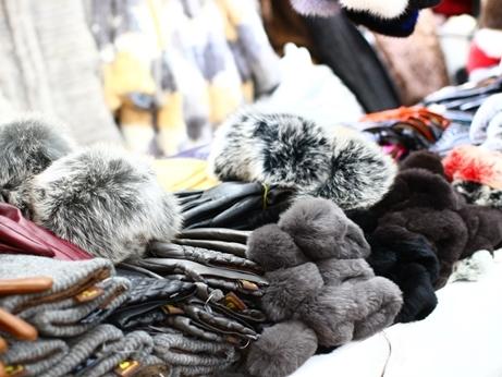 韓国 ソウル 買い物 光熙市場 レザー手袋 羊革 ファー