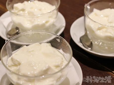 赤坂 中華料理 たけくま 芸能人 担々麺 酸辣湯麺 杏仁豆腐