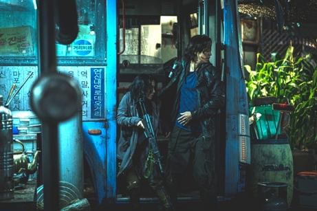 韓国映画 映画 新感染半島 ファイナル・ステージ カン・ドンウォン