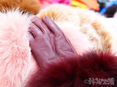 韓国 ソウル 買い物 光熙市場 ラムレザー 手袋 フォックスファー