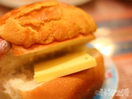 香港 カフェ 金華冰廳 バターパン