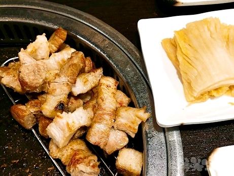 韓国グルメ ソウル 鐘閣 ファポ食堂 サムギョプサル