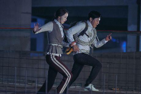 映画 韓国映画 EXIT ユナ チョ・ジョンソク