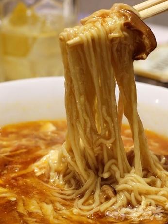 赤坂 中華料理 たけくま 芸能人 担々麺 酸辣湯麺 アンジャッシュ