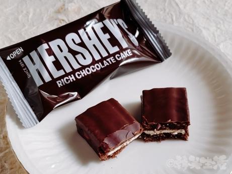 韓国土産 HERSHEY'S ハーシーズ チョコパイ チョコケーキ スーパー コンビニ