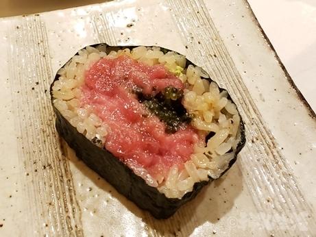 四ツ谷 四谷三丁目 後楽寿司 やす秀 マグロ 太巻き