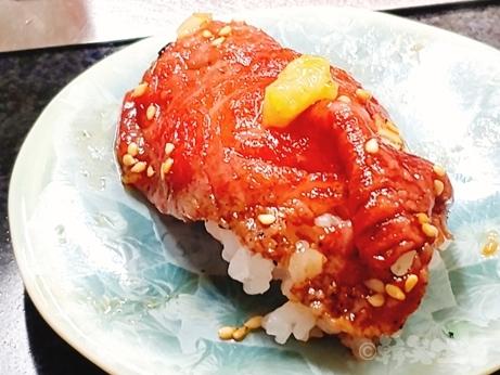 焼肉 場末のよろにく 宮崎牛 佐賀牛 ロースご飯