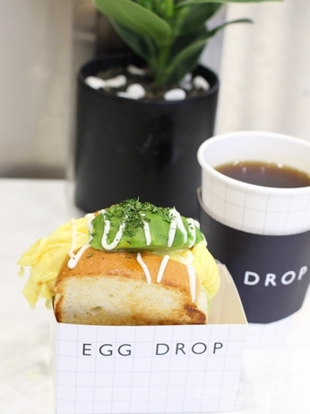 韓国グルメ トースト エッグドロップ EGGDROP アボホリック