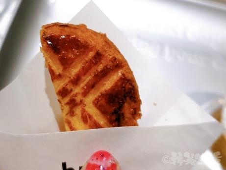 台湾スイーツ お土産 松山空港 but. バタークッキー パイナップルケーキ