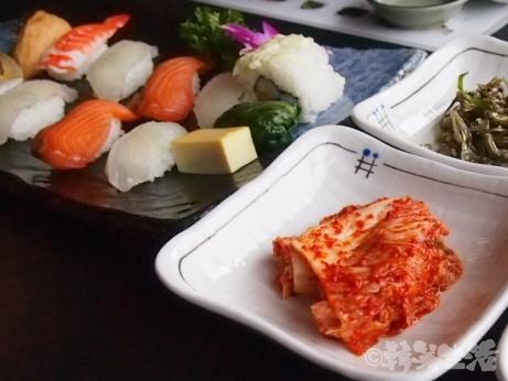 韓国 西大門 寿司 浜辺の小さな台所