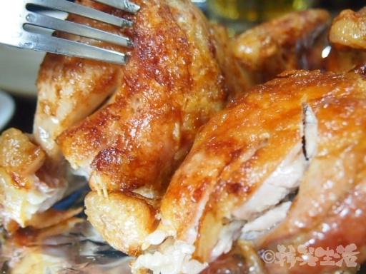 チャムナムスップルバーベキュー 鶏の丸焼き