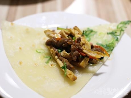 台湾グルメ 台北 信義安和 鶏スープ 鶏窩砂鍋 葱餅