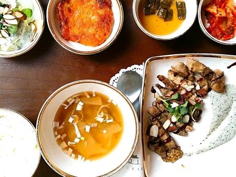韓国 ソウルの森 トゥッソム ランチ 定食 モクサル定食 お一人様
