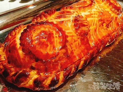 ポール・ボキューズ サーモンのパイ包み焼き