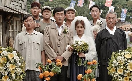 韓国映画 いつか家族に 血を売る男 許三観 ハ・ジョンウ ホ・サムグァン