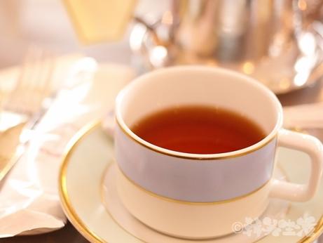 銀座 三越 ラデュレ 紅茶