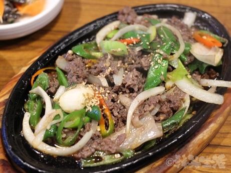 ソウル 狎鴎亭 清潭スンドゥブ 焼肉定食 純豆腐チゲ プルコギ