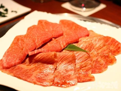 恵比寿 焼肉 YORONIKU シャトーブリアン