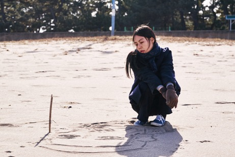韓国映画 夜の浜辺でひとり ベルリン国際映画祭 主演女優賞