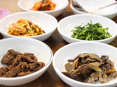 韓国 東大門 ユジョン食堂 朝食