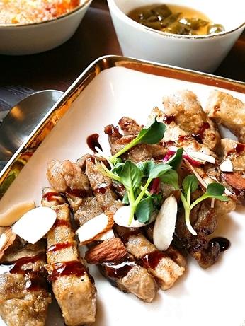 韓国 ソウルの森 トゥッソム ランチ 定食 モクサル定食 芸能人 ランチ