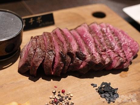 銀座 東銀座 熟成肉 ステーキバル Ryo GINZA ワイン ステーキ