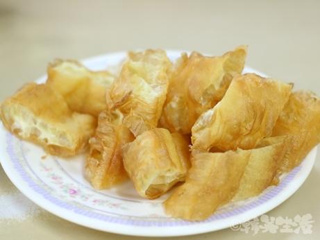 香港 お粥 弥敦粥麵家 油條