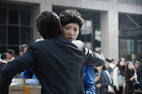 映画 ゴールデンスランバー 伊坂幸太郎 小説 邦画 韓国映画 ユン・ゲサン