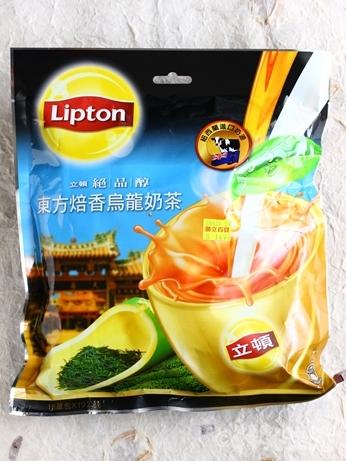 台湾みやげ スーパー バラマキ 東方焙香烏龍奶茶