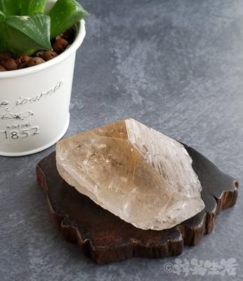 台湾 天然石 パワーストーン ルチルクォーツ 金線 金針