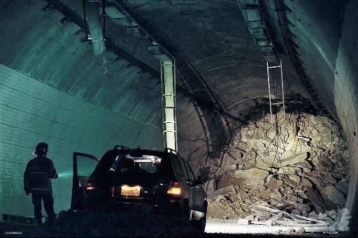 韓国映画 トンネル