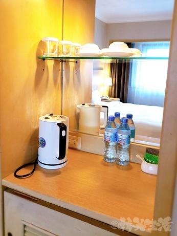 台湾旅行 ホテル 三徳大飯店 サントスホテル 民権西路 部屋