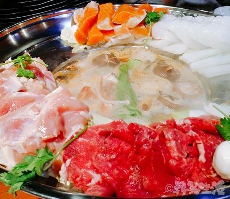 ベトナムちゃん 大久保 レモングラス鍋 海鮮